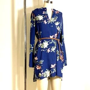 🌸 TUNIC 🌸 Floral Printed Shirt-Dress NWT size S.